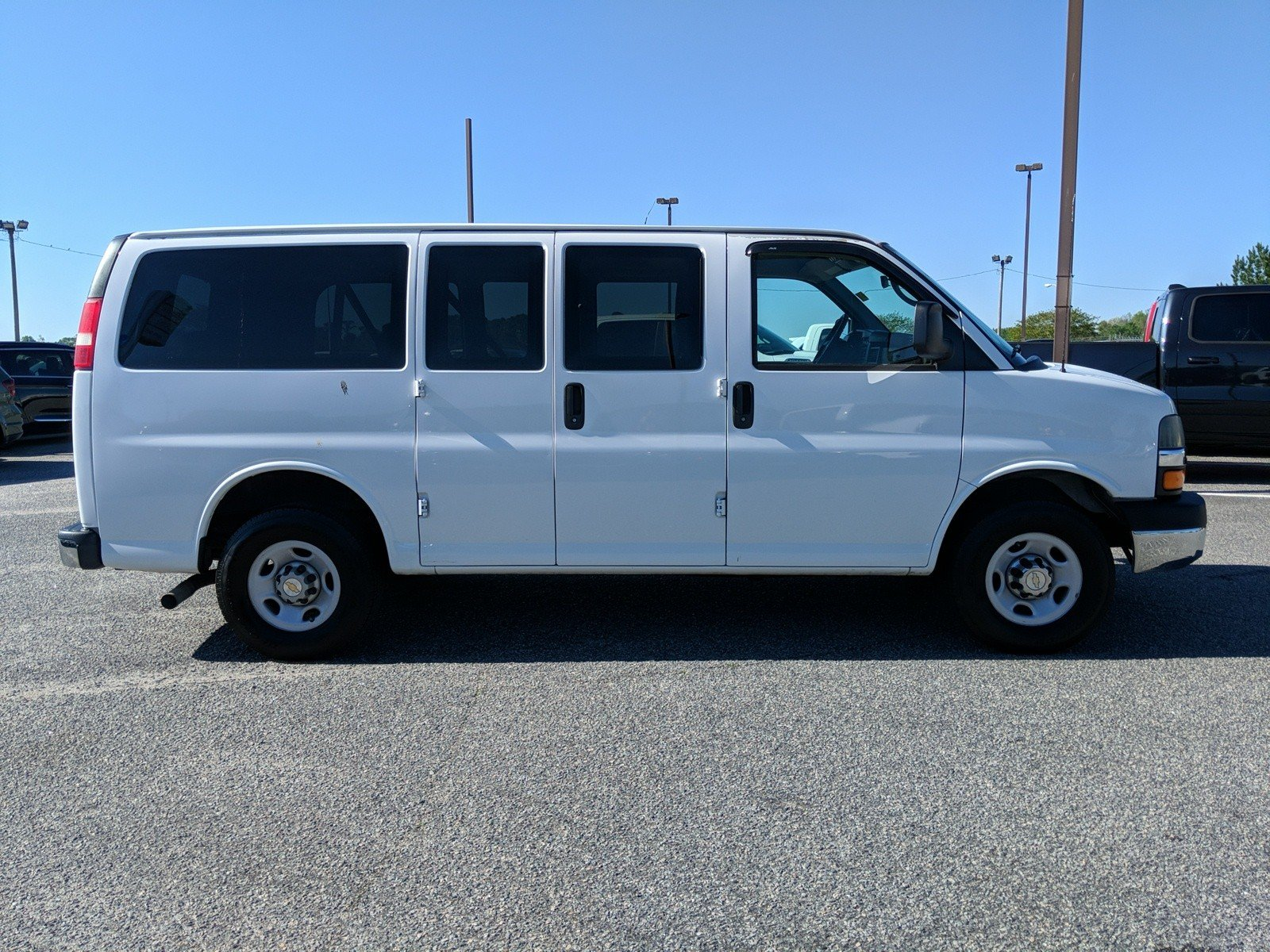 Pre-Owned 2012 Chevrolet Express Passenger 1LT
