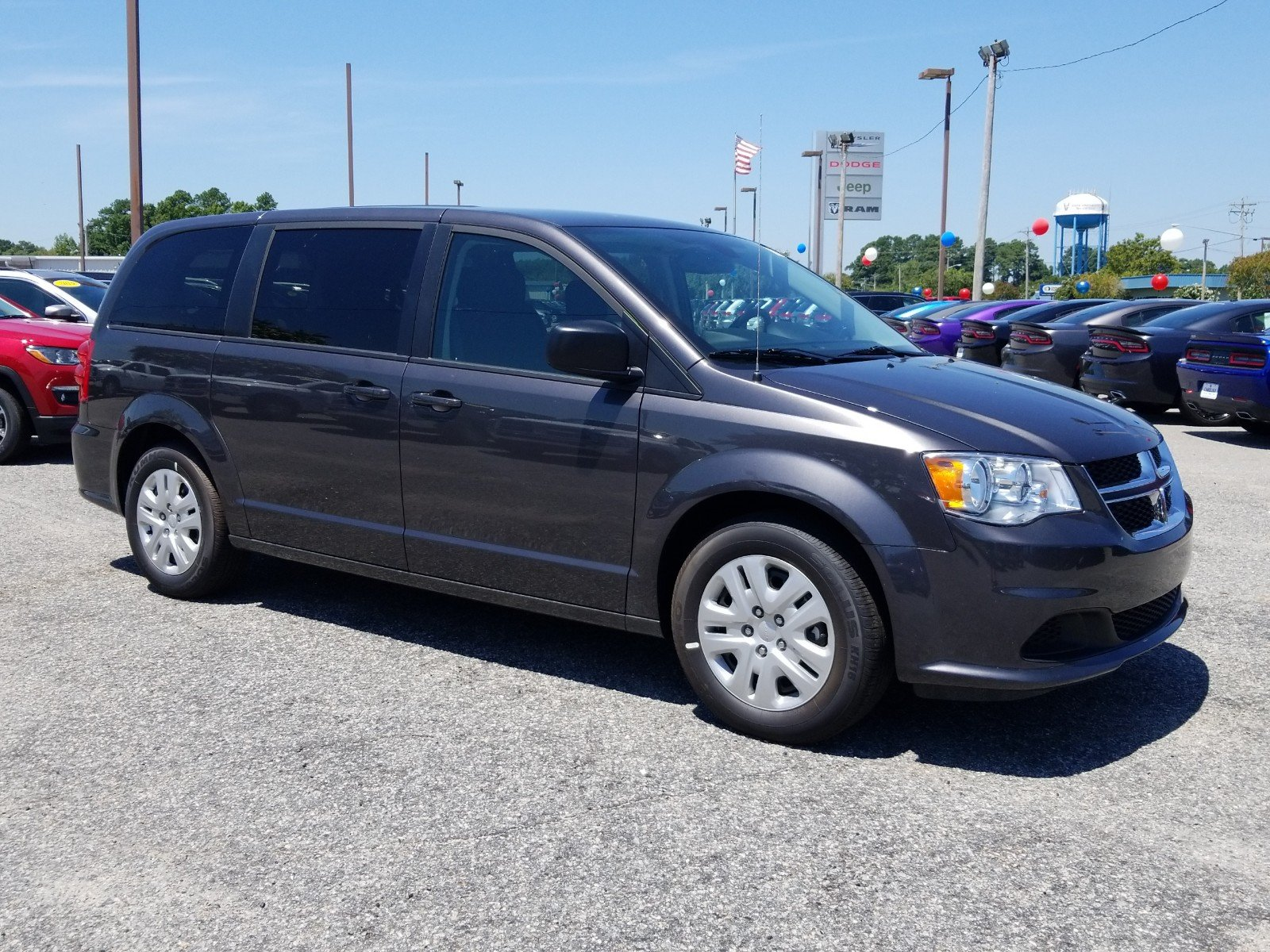Pre Owned 2018 Dodge Grand Caravan Se